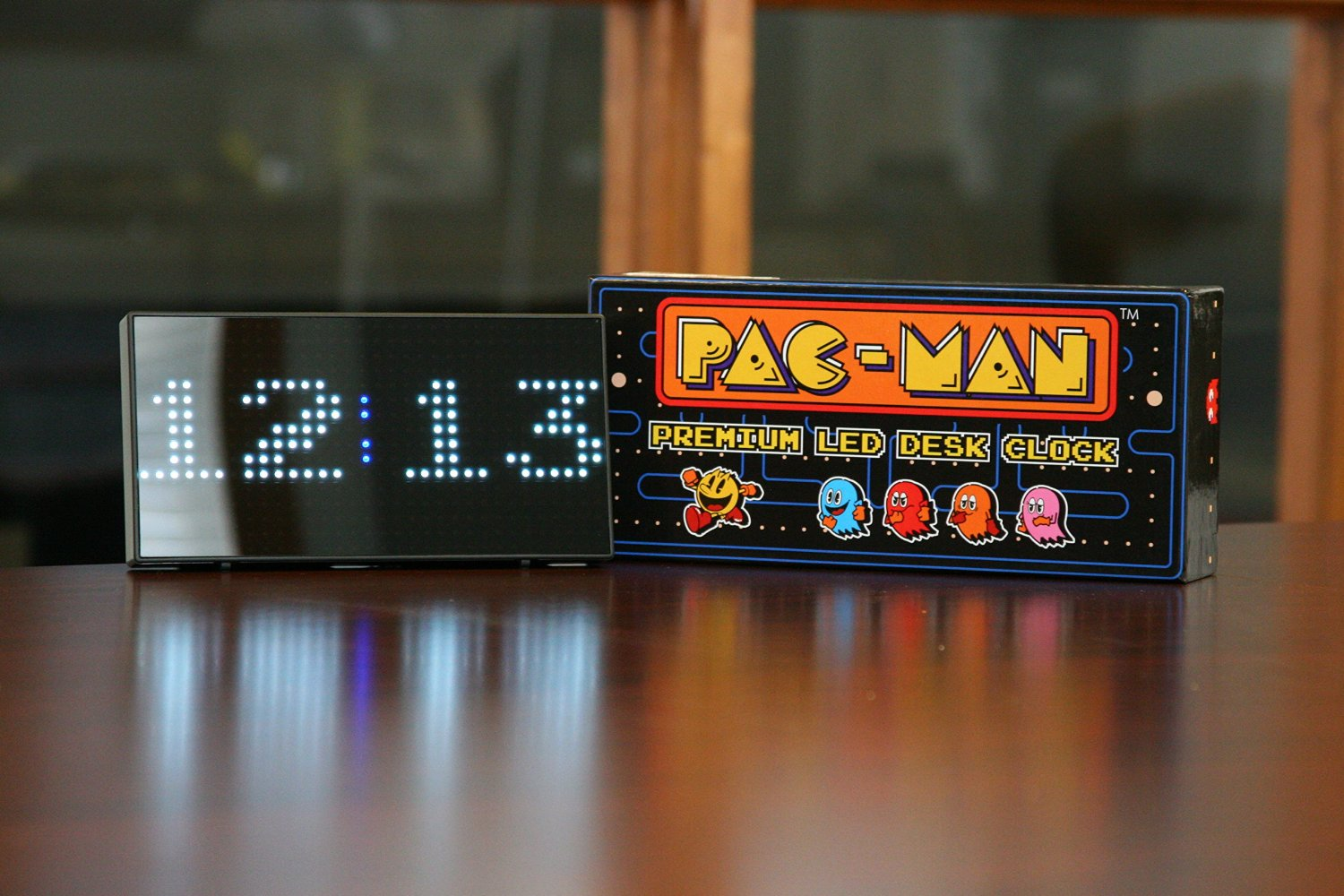 Pac Man Premium Led Desk Clock Pac Man Premium Led Desk